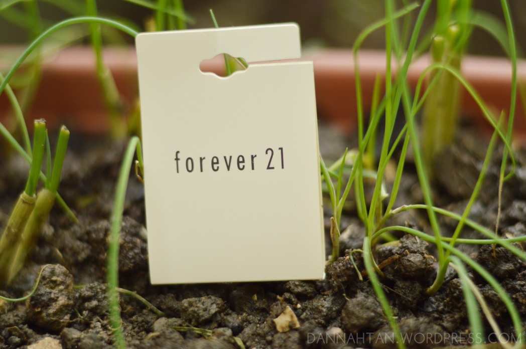 the requisite Forever 21 tag
